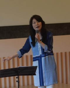20140713北海道3_歌う江藤ゆう子さん